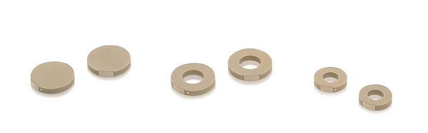 PICMA® Chip rings and disks are available with diameters up to 16 mm.